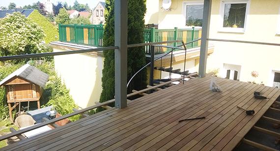 Hier kann man während des Baus der Terrasse schon die Aussicht genießen.