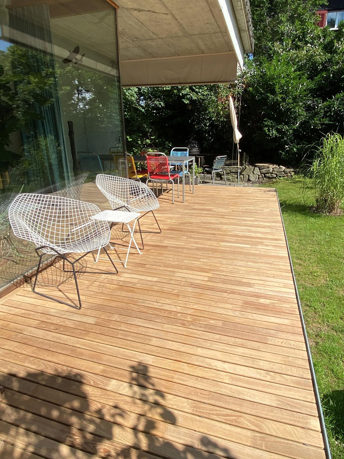 Terrasse aus Robinienholz Dielen
