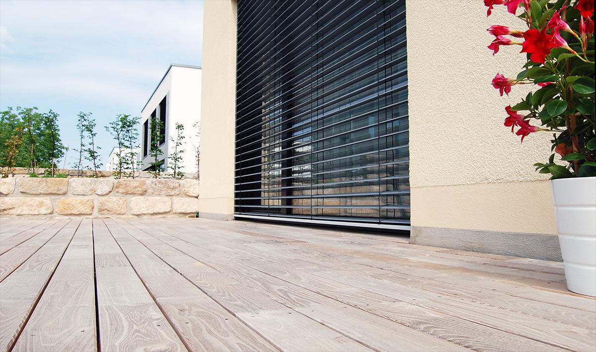 Günstige Terrassendielen aus Robinie von Robinien-Shop.
