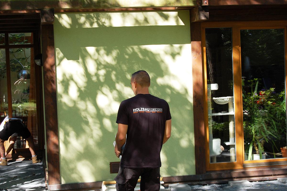 """Die ausführende Firma ist """"Holzbau Dresden"""" - Lars Kunze"""